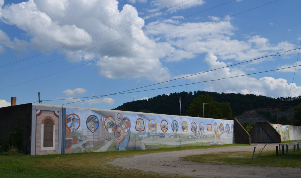 """Tribute to Labor"" mural in Portsmouth, OH"