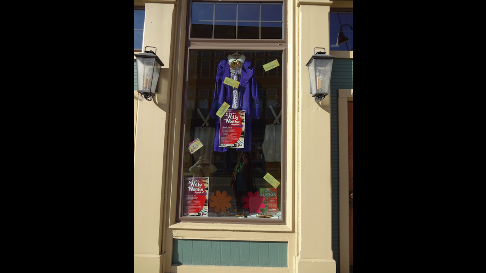Storefront display with Willy Wonka's coat